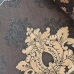 کاغذ دیواری داماسک قهوه ای طلایی