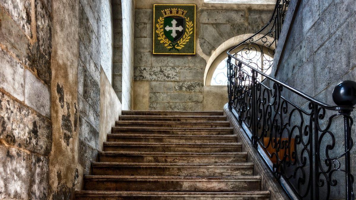 بازسازی پله ها